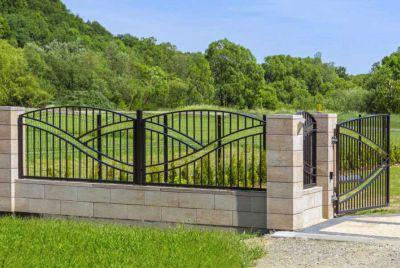 Декоративный забор из металла